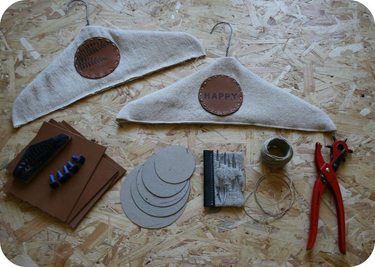 cintres rondelles de cuir